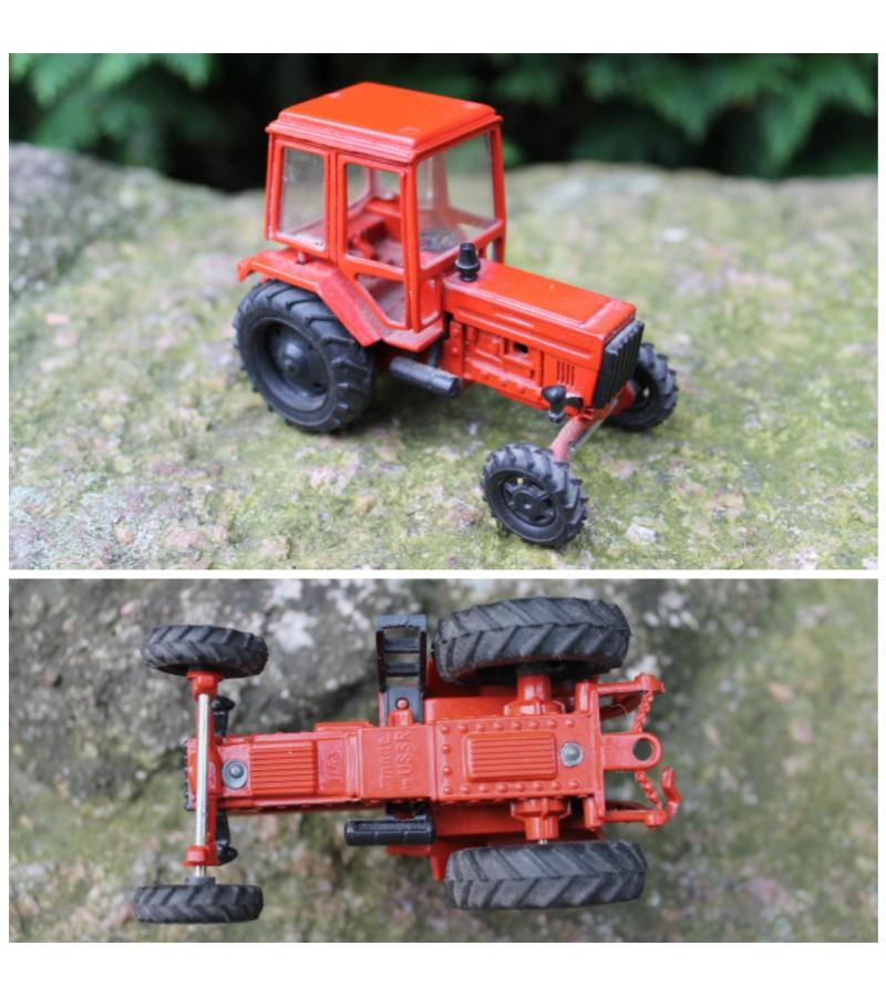 Tarybiniais laikais pagamintas modeliukas traktorius Belorus, 1:43. Kaina 28