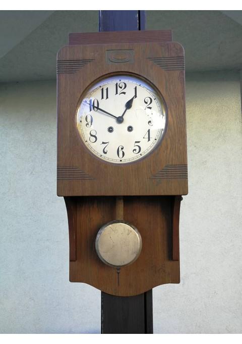 Laikrodis sieninis Art nouveau stiliaus. Kaina 87