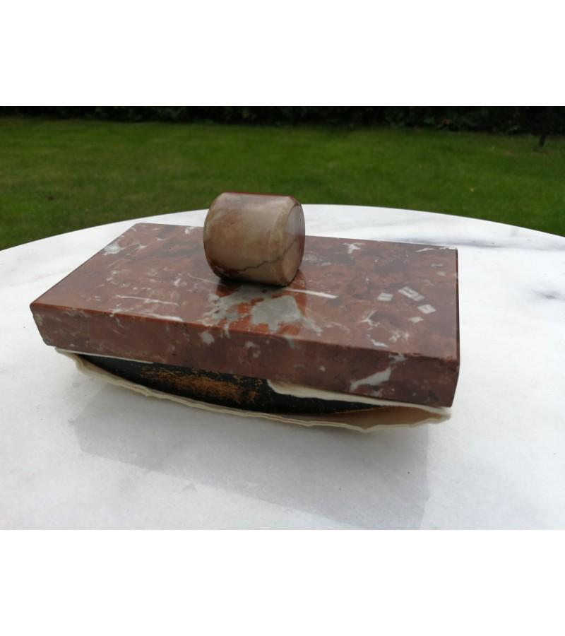 Antikvarinis akmeninis prespapje. Kaina 18