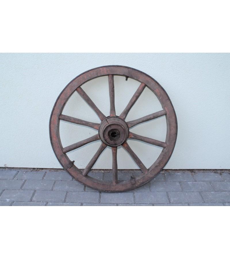 Didelis 95 cm., karietos ratas. Kaina 42