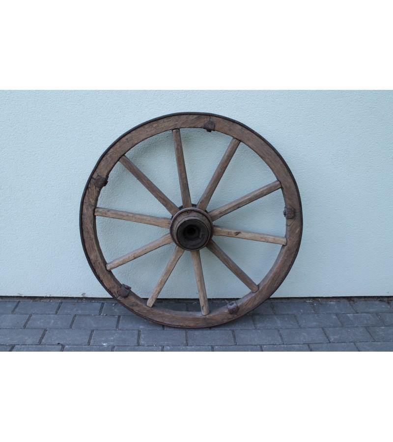 Didelis 75 cm. vezimo ratas. Kaina 37