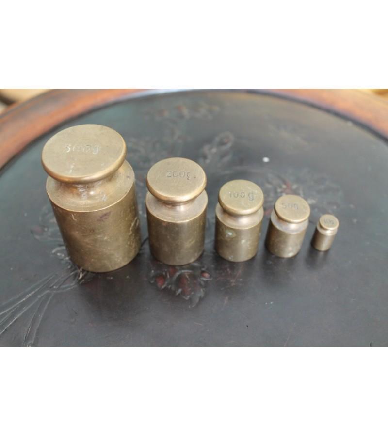Svareliai bronziniai. Kaina 21 Eur.