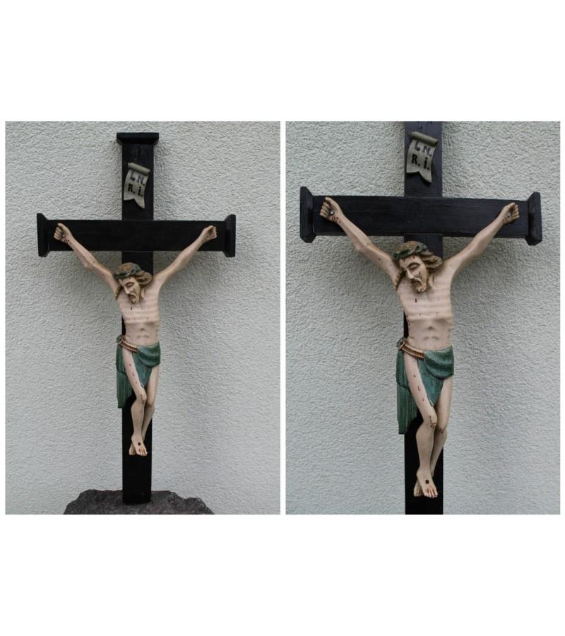 Tarpukario medinis krucifikasas/nukryziuotasis Jezus. Vandziogala. Kaina 203