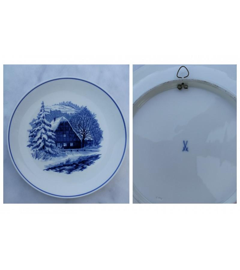 Meissen porceliano pakabinama lekste. Kaina 42