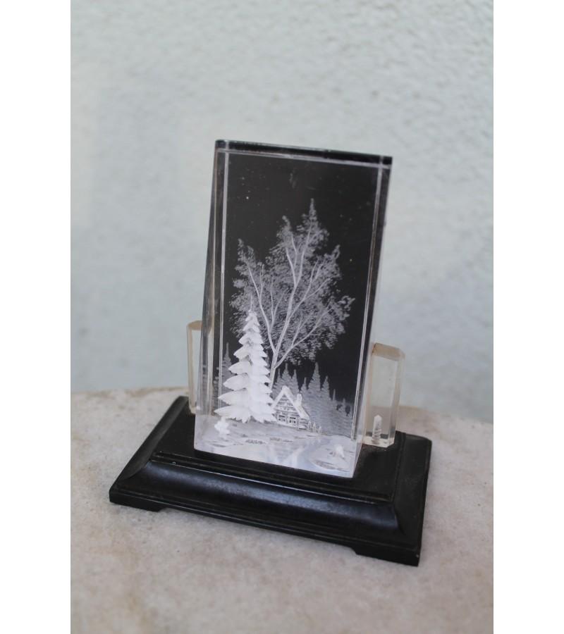 Statulėlė, paveikslėlis Žiema, tarybinis. Kaina 32