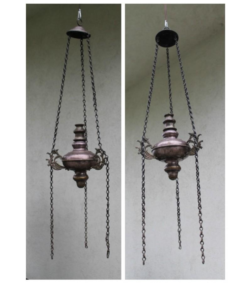 Antikvarine didele lampada. Kaina 137