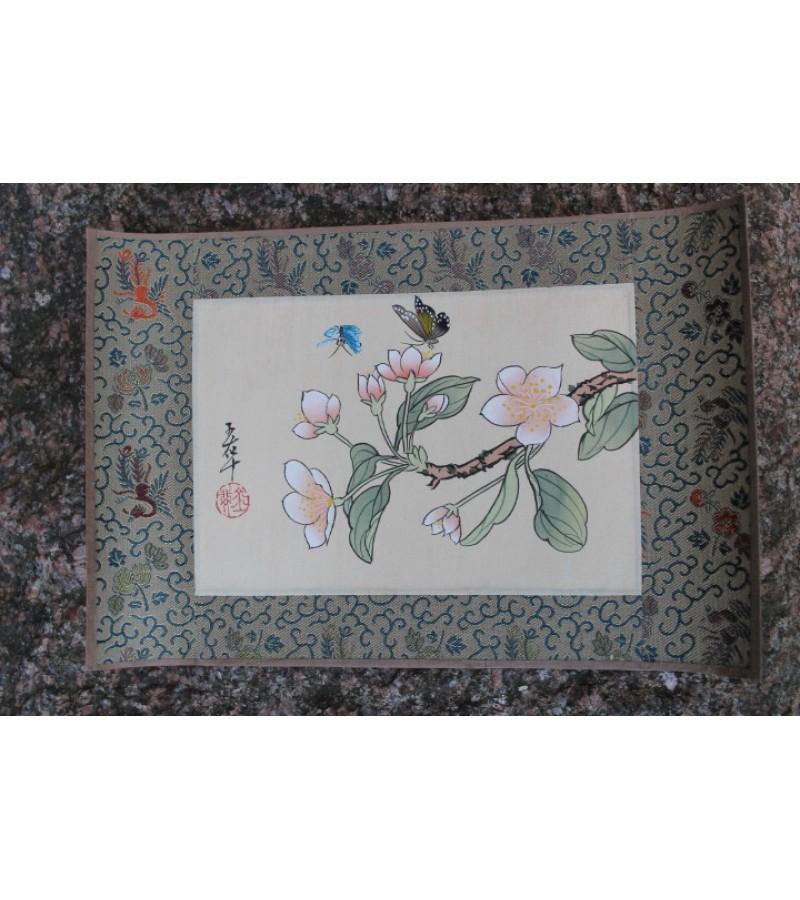 Hand-painting. Made in China. Silkas, popierius, tapyba. 7 vnt. Kaina po 13 Eur.