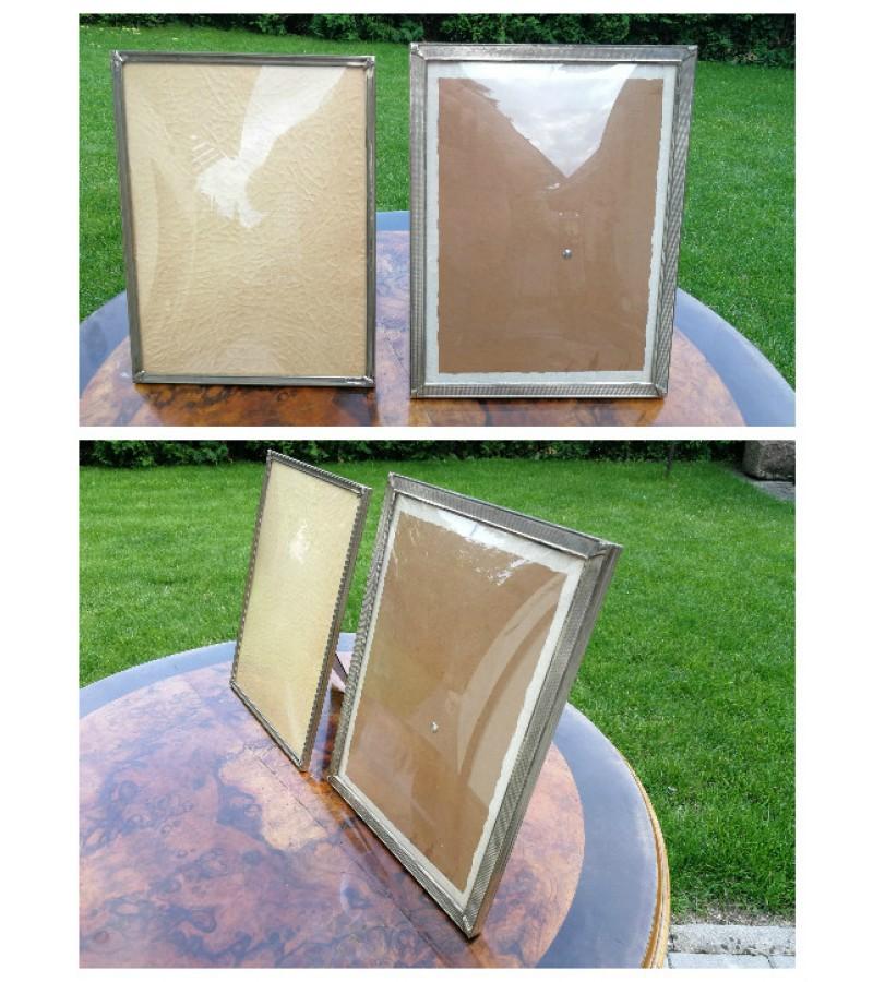 Metaliniai remeliai isgaubtais stiklais. 2 vnt. Kaina po 23
