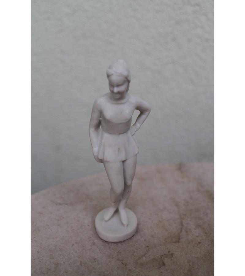 Ciuozejos statulele. Kaina 16