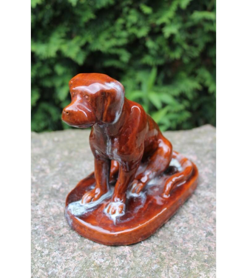 Statulėlė keraminė, glazūruota - Šuo. Kaina 87 Eur.