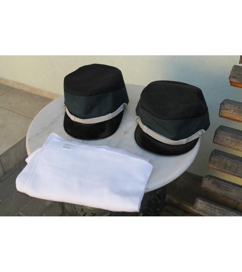 Uniforminės kepurės. Lietuva, apie 1995 m. Kaina po 21
