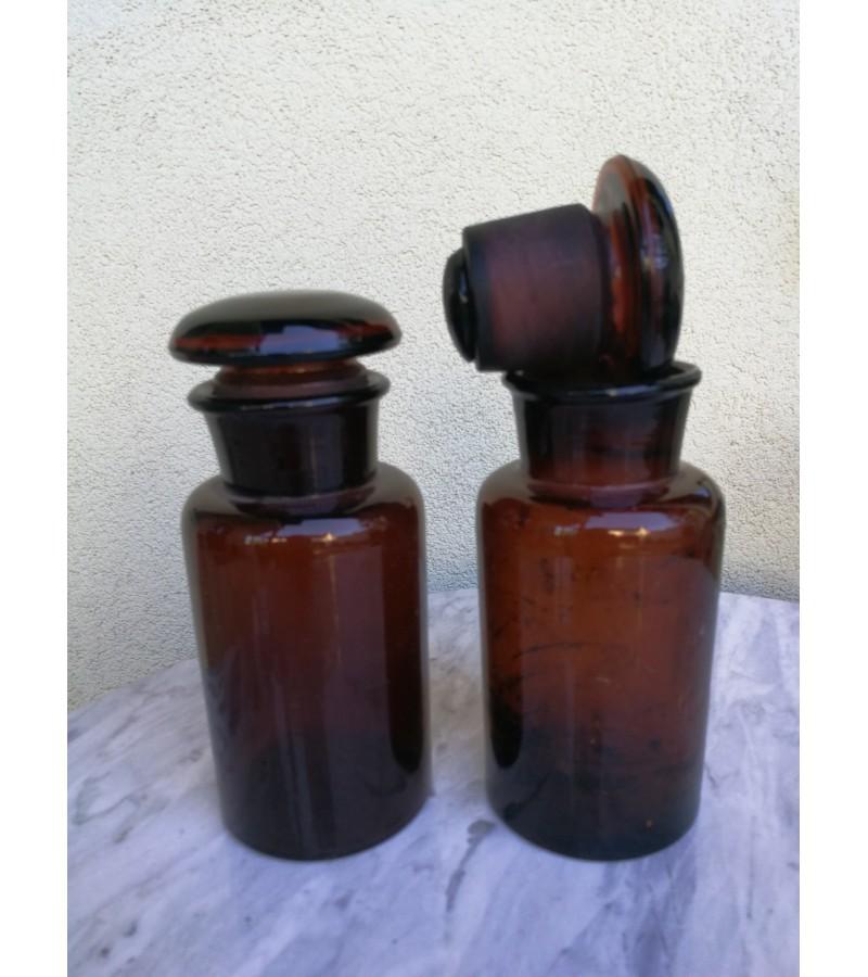 Antikvariniai vaistines buteliai. 2 vnt. Kaina po 23