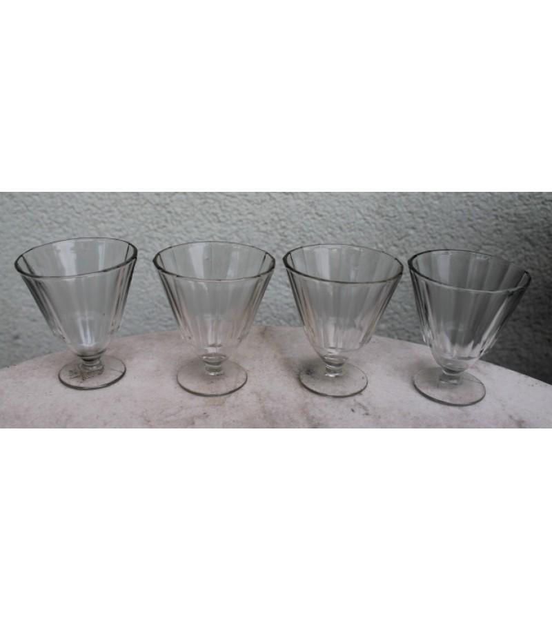 Tarybinių laikų stikliukai, taurelės. 24 vnt. Kaina po 6