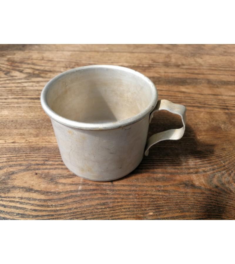 Aliuminis puodelis tarybinis. Kaina 4