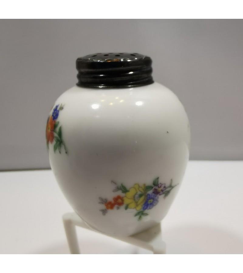 Pipirinė porcelianinė Bavaria. Kaina 11