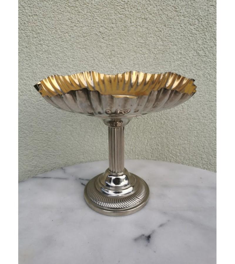 Vaisinė, saldaininė antikvarinė, metalinė. Art Deco stilius. Kaina 42