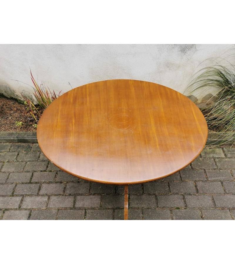 Stalas ovalus antikvarinis. Tvirtas. Kaina 78