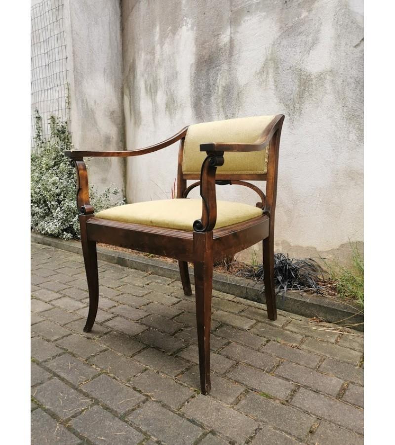 Krėslas antikvarinis, Art Noveau stiliaus. Tvirtas ir patogus. Kaina 192