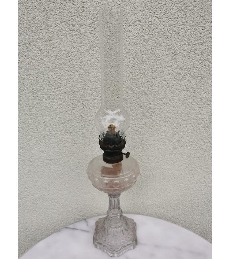 Lempa žibalinė, antikvarinė su knatu. Kaina 52