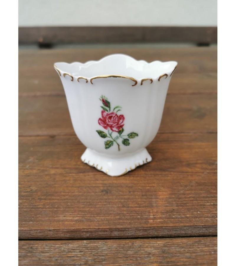 Vazelė indas tapytas, porcelianinis. 1955 m. Kaina 8