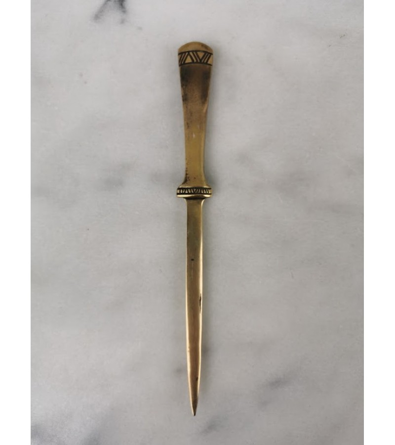 Peilis atplėti laiškams antikvarinis, tvirtas. Kaina 17