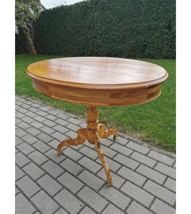 Stalas medžio masyvo, ovalus, antikvarinis, nedidelis valgomojo. Kaina 157