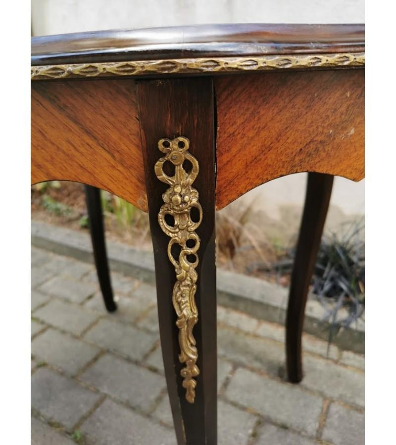Staliukas Ampyro stiliaus, puoštas intarsija bei žalvariniais papuošimais. Kaina 213