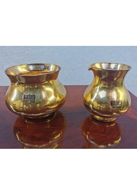 Indai aukso spalvos su gamintojo etiketėmis. Stiklas SEA Kosta Sweden. 2 vnt. Kaina po 6
