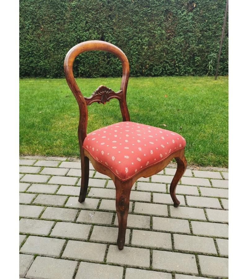 Kėdė antikvarinė tvirta. Kaina 21