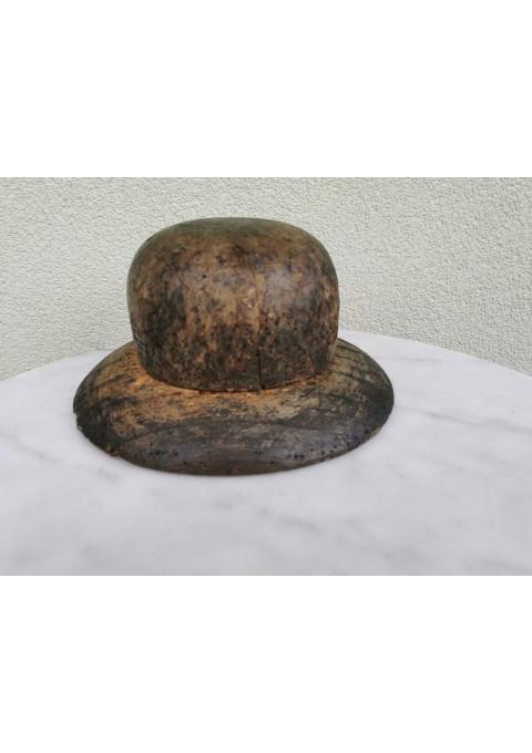 Kepurių siuvimo forma medinė, antikvarinė, tarpukario. Ž. Šančiai, Kaunas. Kaina 62 už viską