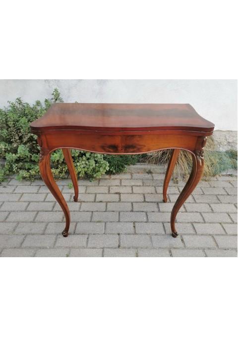Konsolė - staliukas, lošimų staliukas išskleidžiamas, antikvarinis. Kaina 207