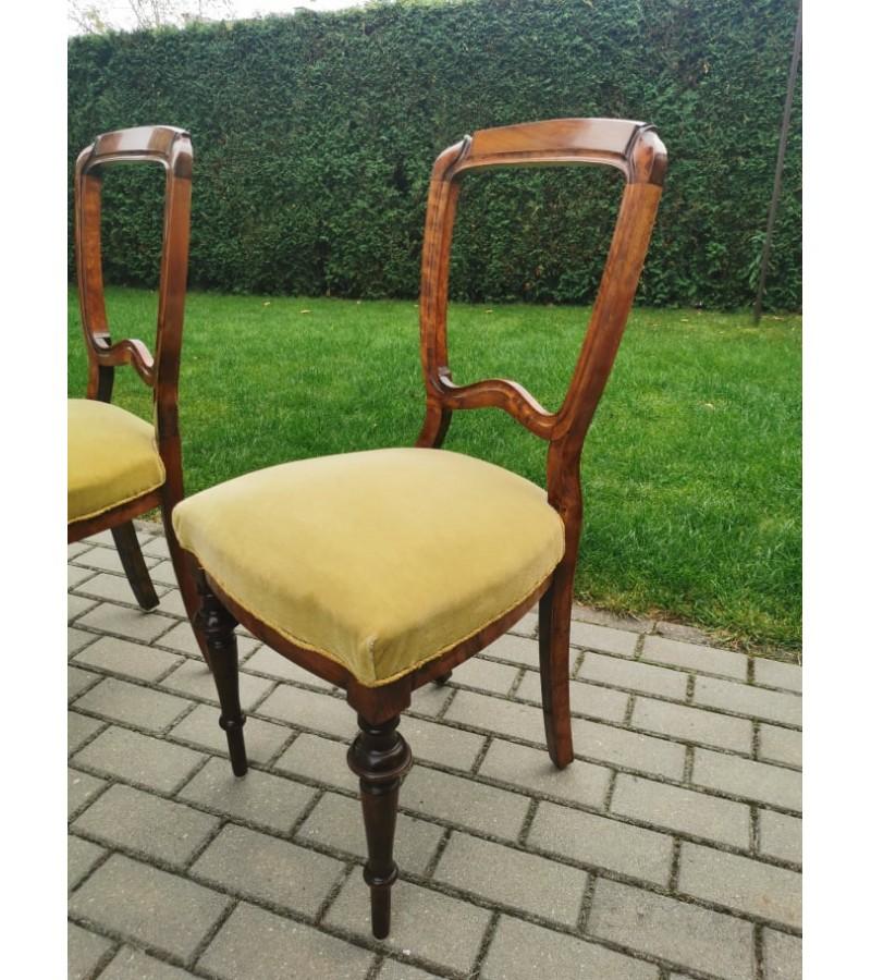 Kėdės antikvarinės tvirtomis varinėmis spyruoklėmis. 4 vnt. Kaina po 18