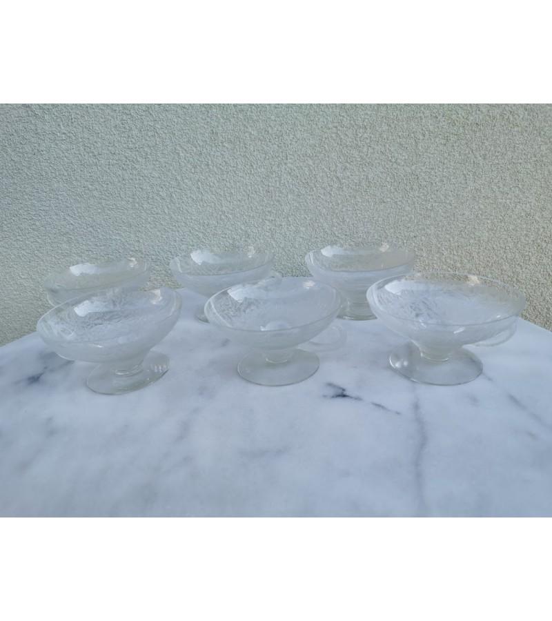 Puodeliai stikliniai. 6 vnt. Kaina po 3