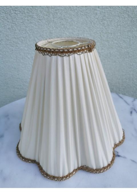 Gaubtas vintažinio šviestuvo medžiaginis. Kaina 16