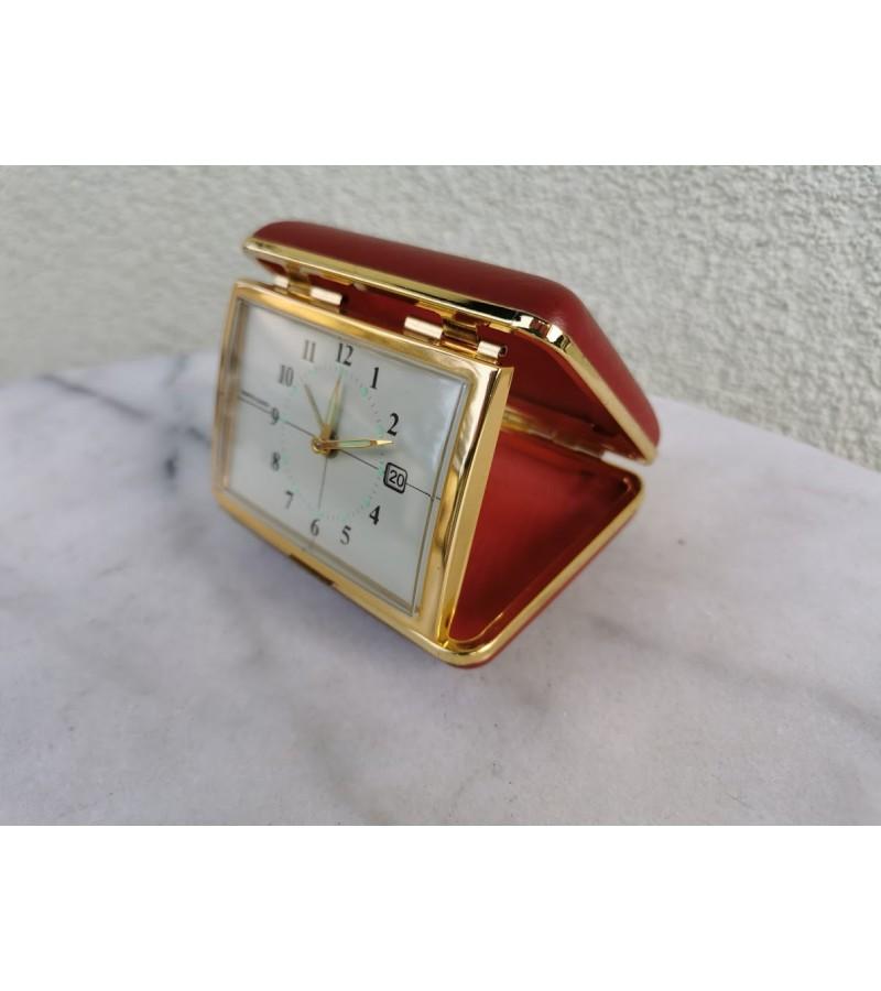 Laikrodis kelioninis, mechaninis, vintažinis. Japoniškas, veikiantis. Kaina 32