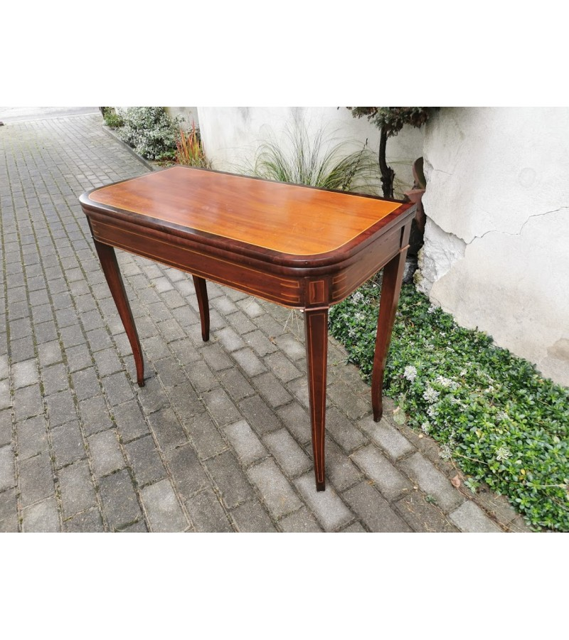 Stalas-konsolė antikvarinė. Vokietija. Kaina 157