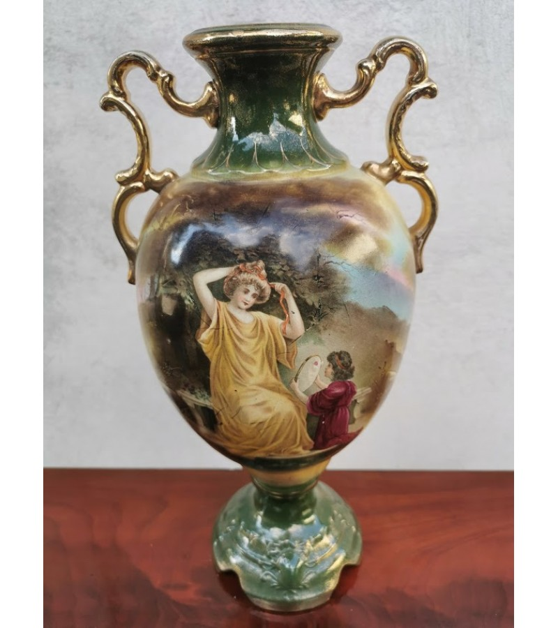 Vaza antikvarinė, fajanso. Kaina 127