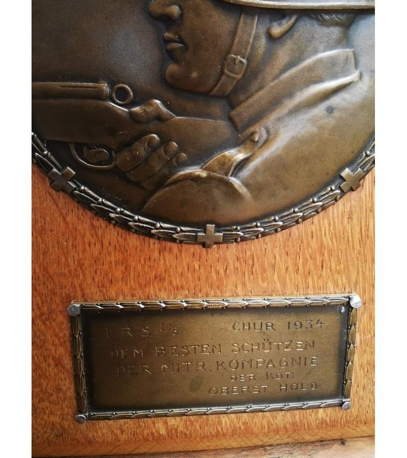 Apdovanojimas, prizas, plaketė 1934 m. geriausiam armijos šauliui. Autorinis, autentiškas. Kaina 58