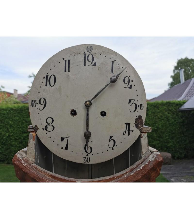 Laikrodis pastatomas, antikvarinis, su svarmenimis, 1837 m. Kaina 215
