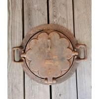 Keptuvė čirvinių blynų špižinė (ketaus) antikvarinė. Kaina 72
