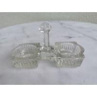 Druskinė, pipirinė stiklinė antikvarinė. Kaina 26