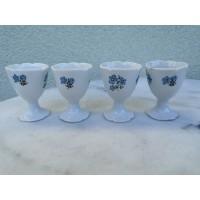Indeliai porcelianinia kiaušiniams valgyti, antikvariniai. 4 vnt. Kaina 8 už visus.