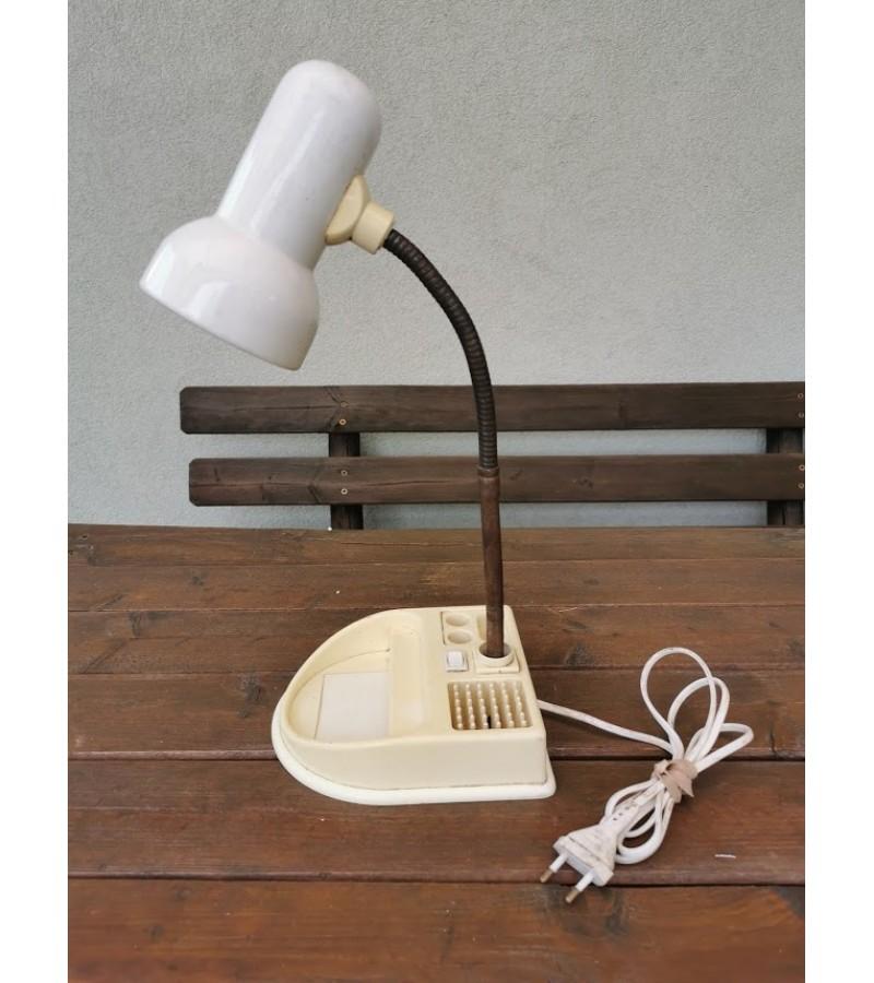 Šviestuvas, lempa stalinė, reguliuojama, tarybinė. Kaina 12