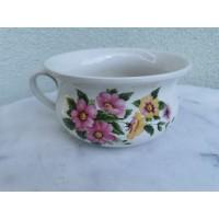 Puodas su rankena, porcelianinis, gėlėtas, angliškas. Kaina 12