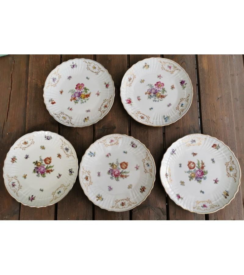 Lėkštės porcelianinės tarpukario, antikvarinės. EPIAG. CZECHOSLOVAKIA. 1925-1945 m. 5 vnt. Skersmuo 20 cm. Kaina po 8