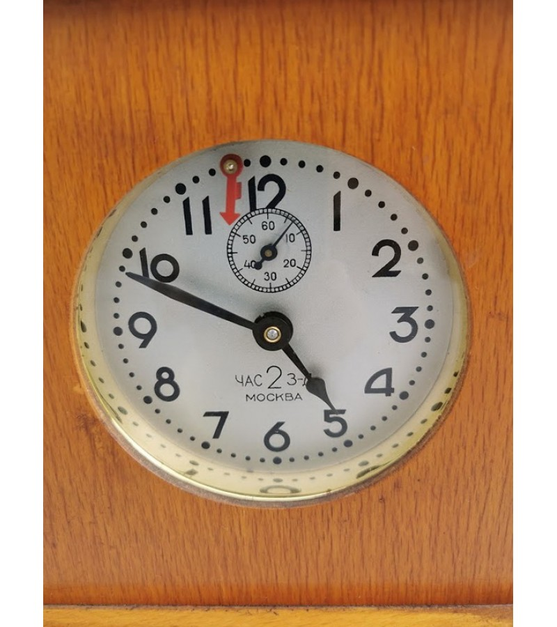Laikrodis šachmatų tarybinis ЧАС 2 З-Д МОСКВА. 1950 m. Veikiantis. Kaina 107
