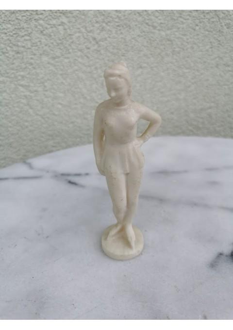Statulėlė čiuožėjos tarybinė. Kaina 13