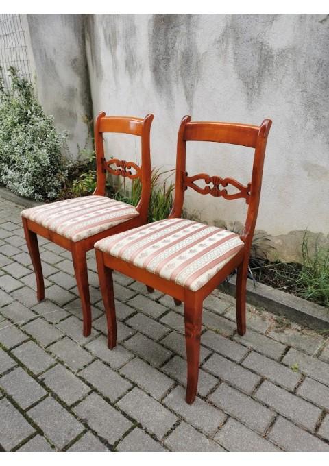 Kėdės tvirtos. 2 vnt. Kaina po 42