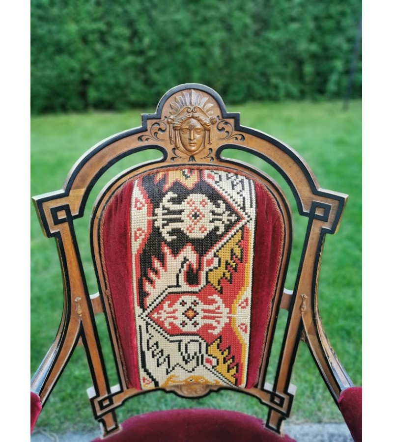 Krėslas, fotelis antikvarinis. Kaina 210