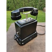 Telefonas antikvarinis bakelitiniu rageliu. Kaina 158